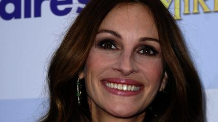 News video: Julia Roberts' Half-Sister Suicide Involved with Oscar Nominations?